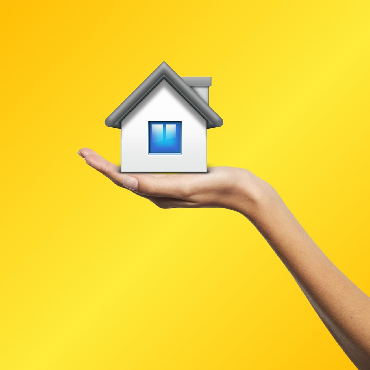 real-estate-2989820_1280